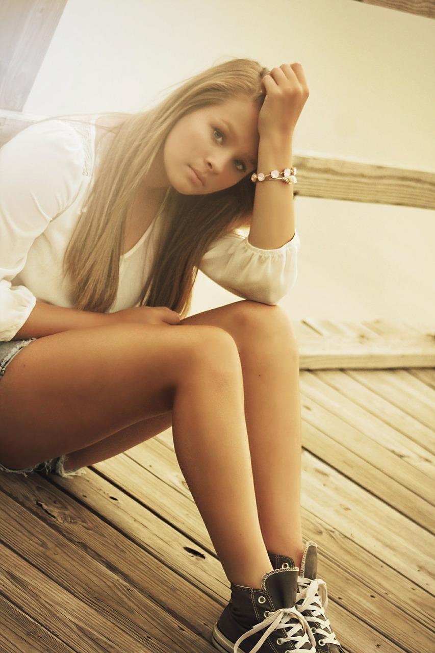 girl-375114 1280